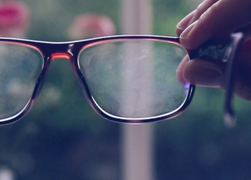 0a5f436a49 Quelle est la bonne façon de nettoyer et d'entretenir vos lunettes ?